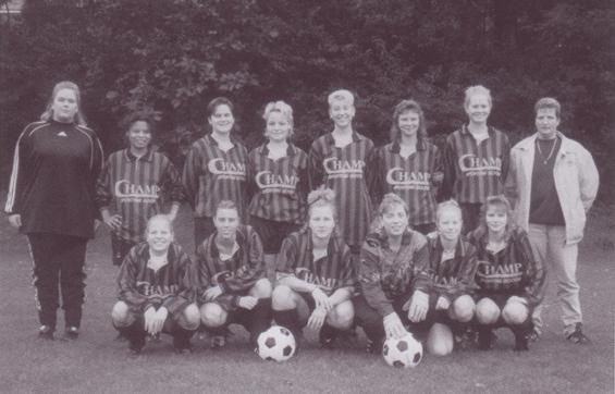 Paasberg Dames. Seizoen 1998-1999